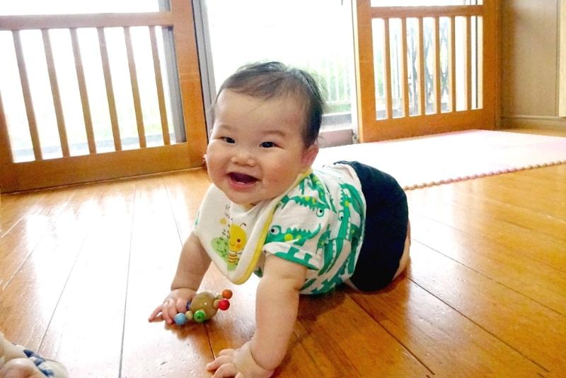 園の特色 大切にしたい乳児保育(0歳・1歳・2歳児保育)